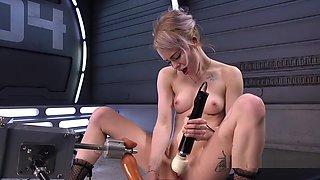 Blonde Gets Intense Orgasms On Fucking Machine