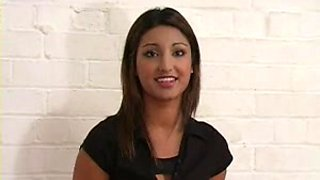 UK Desi can't live without getting spanked