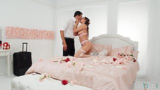 Romantic love making in the bed with charming babe Desiree Dulce