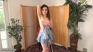 Juliette March Strips and Cums for You