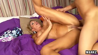Calculating MILF Gets The Hot Load Of Cock That She Craves
