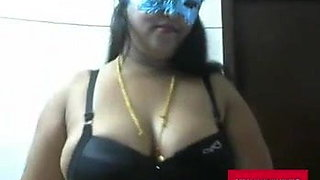 Indian aunty does striptease for me during COVID-19 lockdown