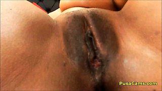 Big Oiled Ass and Huge Natural Tits Bouncing