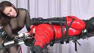 Machine and strap-on fucking !!!