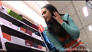 Shoe shopping - Flashing
