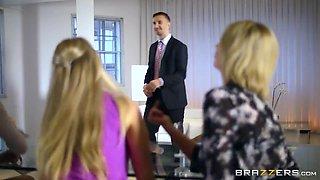 Big Tits at Work: Office 4-Play VIII: UK Edition. Jasmine Jae, Leigh Darby, Rebecca Moore, Tia Layne, Keiran Lee