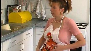 pregnant houswife loves sex