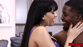 Mercedes Carrera and Isiah Maxwell
