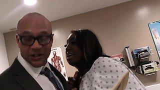 Pregnant ebony Kayla Ivy gets threesome fucked