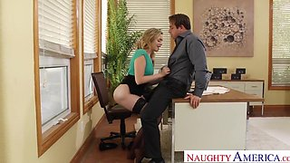 MIA MALKOVA FUCKING IN THE OFFICE WITH HER BUBBLE BUTT