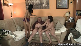 Old parents fuck her as he leaves