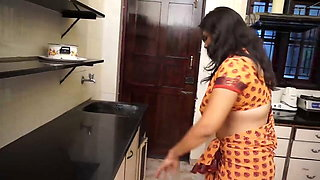 Kitchen – busty aunty romance