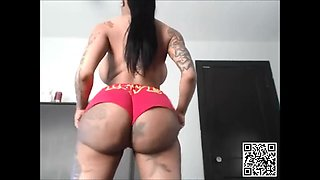 Big butt just spreads her legs wide open to get big aged cock.