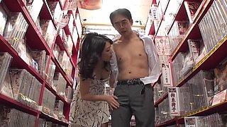 MDOG-002 Prostate Milk Maid Training - Miki Sunohara