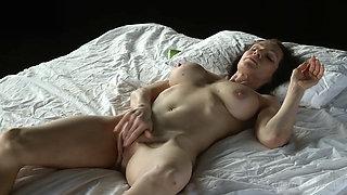 Exceptionally Fit Milf  Wild Orgasm