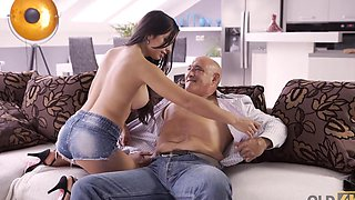 Dazzling gal anally rides lovers old cock in the living room