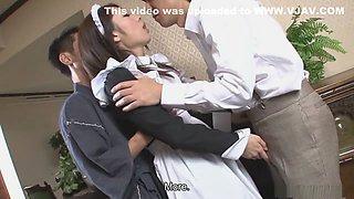 Hot waitress, Himeki Kaede just wants her husband back