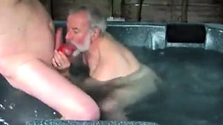 Jacuzzi Suck And Fuck