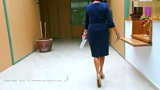 Office Mistress Herrin Carmen High Heels Nylons Job Interview Lecksklave