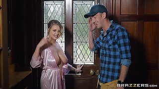 Buxom MILF slut Candy Alexa rides the delivery guy for a cumshot