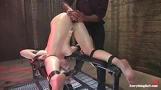 Girl in bondage gets her ass abused