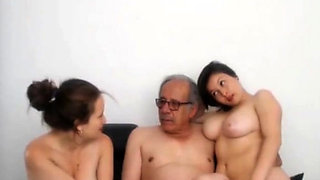 two young babes suck 80 years old grandpa's dick