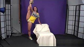 Valeria Hot Flexible Gymnast
