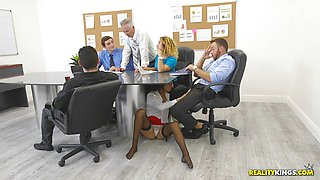 Hung hunk Chad bangs kinky office secretary Aubrey Rose