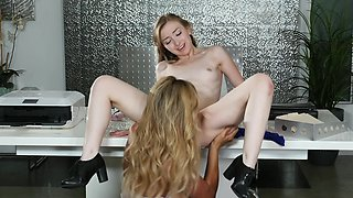 Milf boss goes down on her beautiful young secretary